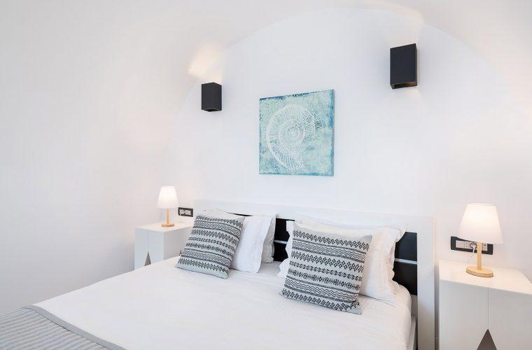 Apeiron Blue Santorini - Suite
